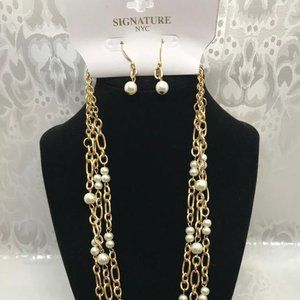 Signature NYC Gold Tone Necklace & Earring Set